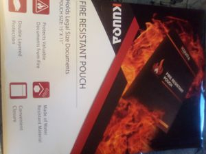 Fire retardant and envelope 4 papers and files for Sale in Las Vegas, NV