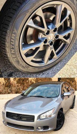 Price$1200 Nissan Maxima for Sale in Fullerton, CA