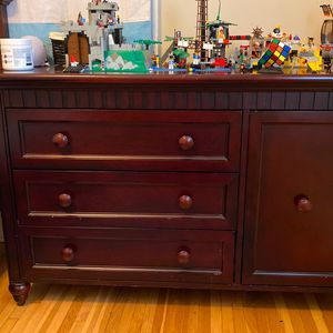Changing Table Dresser Combo for Sale in Columbus, OH