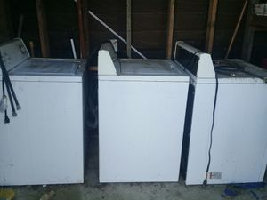 Free 2 washers 1 gas dryer for Sale in Vista, CA