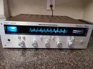 Marantz 2220 Receiver for Sale in Santa Clarita, CA