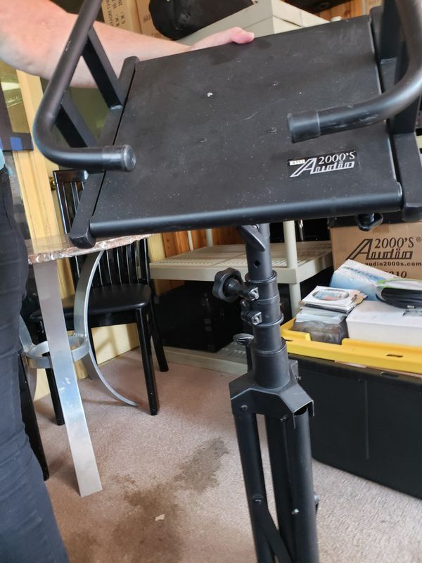 Tv monitor stand with tripod legs
