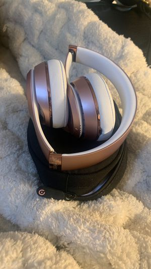 Rose gold beats for Sale in Lakewood, CA