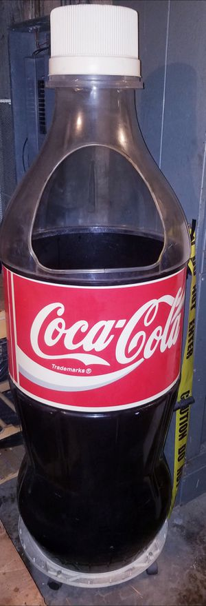 Large 5ft. 5inch Coca Cola Cooler Ice Coke Bottle for Sale in Alhambra, CA