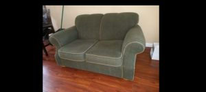 """Compact sofa 2 seats 62""""×42"""". Perfect condition! Delivery is avaliable. for Sale in Monterey Park, CA"""