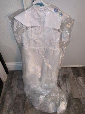 Little girl formal white dress flower girl/communion/formal wear for Sale in Montclair, CA