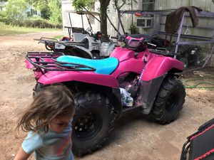 Kawasaki brute force 750 carbs need cleaned for Sale in Longview, TX