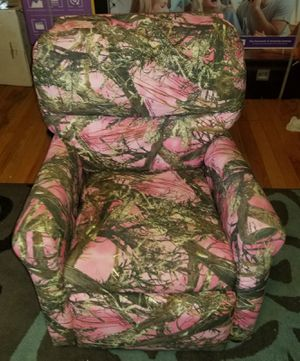 Kids chair for Sale in Clairton, PA