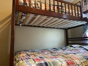 Bunk bed -twin on top full on bottom. Great space saver! for Sale in San Diego, CA