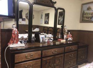 Beautiful king furniture set!! for Sale in Fairfax, VA