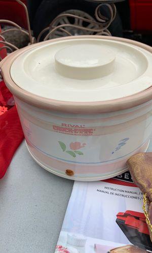 Mini crock pot for Sale in Spring Valley, CA