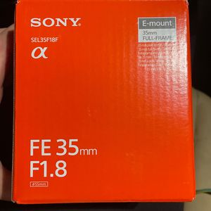 Sony SEL35F18F E-mount Interchangeable Lens for Sale in St. Petersburg, FL