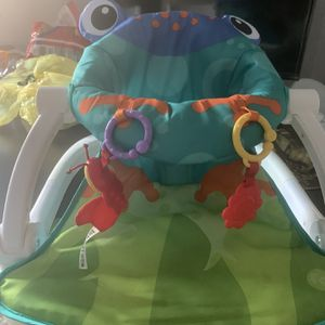 Baby Chair for Sale in East Windsor, NJ