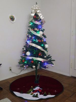 6ft Christmas Tree with Decoration for Sale in Silver Spring, MD
