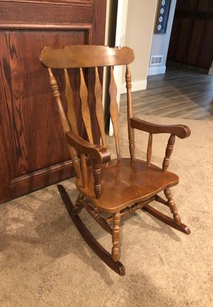 Rocking chair for Sale in Bakersfield, CA