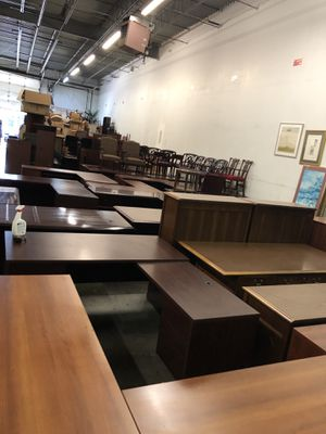 Office furniture sale!! Everything must go! for Sale in Atlanta, GA