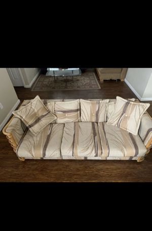 Couch for Sale in North Highlands, CA