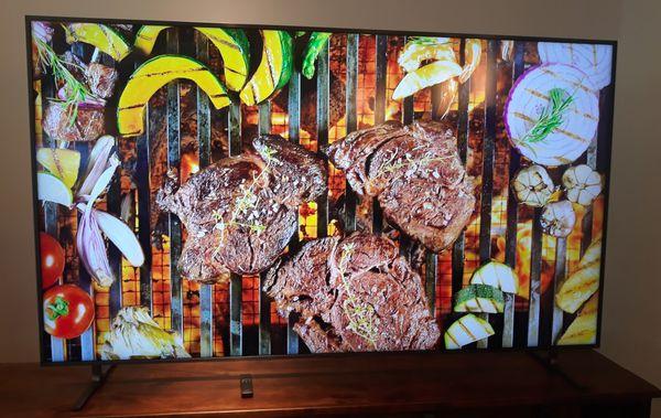 82 inch in box new Samsung 4K smart TV