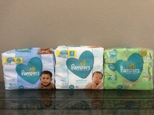 Pampers Wipes LG pack. $5.00 ea for Sale in Orlando, FL