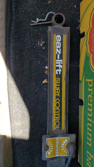 eaz-lift sway control trailer rv for Sale in Modesto, CA