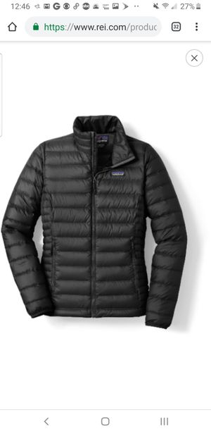 x-small Brand new Patagonia down sweater black goose down jacket for Sale in Santa Clara, CA