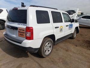 Jeep patrio 2015 partes for Sale in Phoenix, AZ