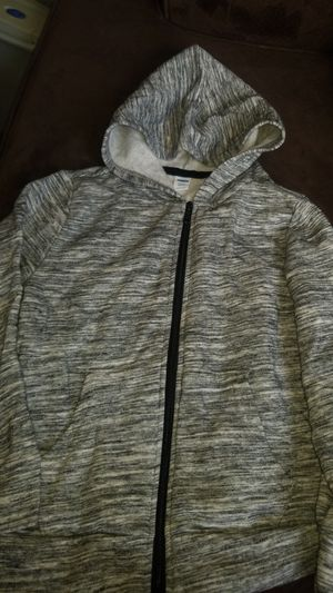 Boys Old Navy Zipper Hooded Sweater size s (6-7) for Sale in La Mesa, CA