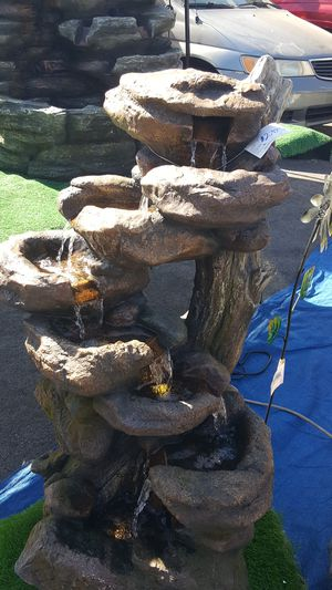 FOUNTAIN with lights for Sale in Bell Gardens, CA