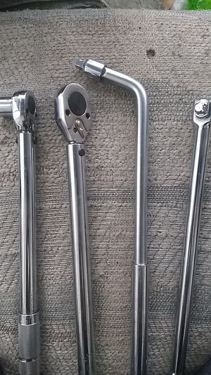2 torque wrenches 2 breaker bars for Sale in Federal Way, WA