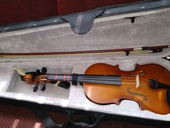 Kids Violin 3/4 Artist for Sale in Huntington Beach,  CA