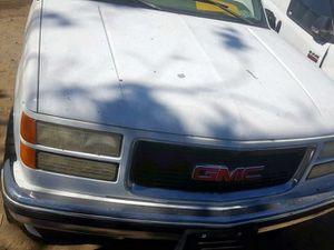 Gmc parts 97 single cab for Sale in Miami, FL