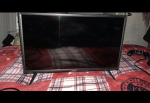 24 inch smart tv for Sale in Arlington, TX