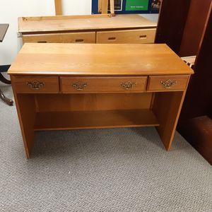 Oak Desk for Sale in Chicago, IL