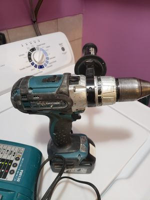 makita drill very good for Sale in Lawrence, MA