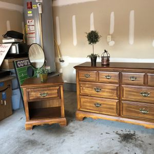 Dresser And Nightstand for Sale in Franklinton, NC