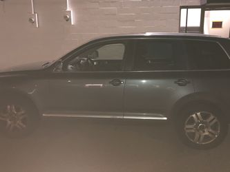 2005 Volkswagen Touareg for Sale in Seattle,  WA