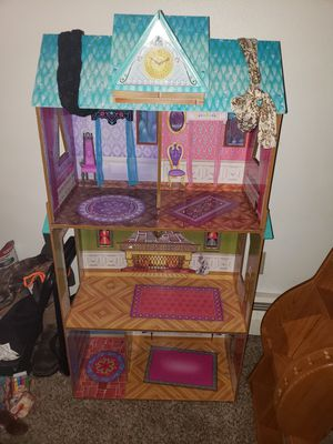 Barbie house for Sale in New Hradec, ND