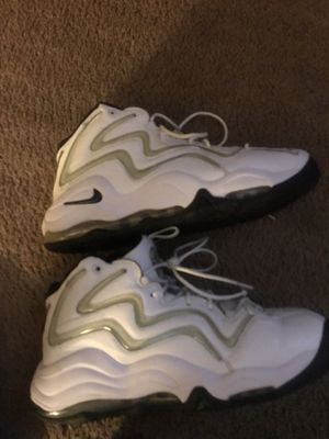 UPTEMPO SIZE 11 for Sale in Fort Washington, MD