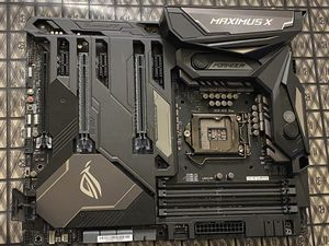 Asus Maximus x formula motherboard, lag1151 z370 chipset for Sale in Bremerton, WA