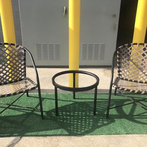 Tamiami Chairs And Table for Sale in Burbank, CA