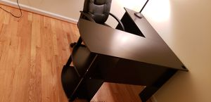 Office desk and chair for Sale in Lovettsville, VA