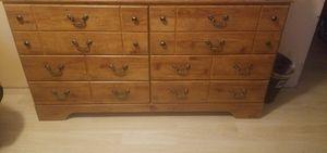 6 drawer Dresser Oak Wood for Sale in Houston, TX