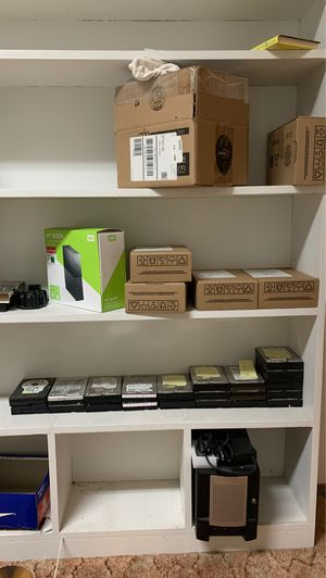 Hard drives. 50-1000gb for Sale in Fircrest, WA