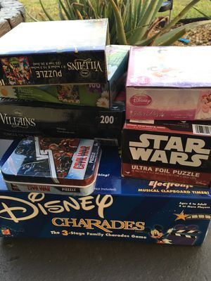 Lot: Disney game and puzzles most brand new for Sale in Hollywood, FL