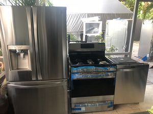 STAINLESS STEEL FRIDGE, DISHWASHER AND GAS STOVE BY KENMORE!! for Sale in Tampa, FL