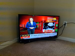 Samsung lcd full HD tv 32 inches for Sale in Charlotte, NC