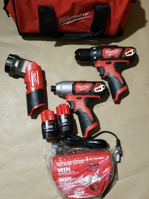 Milwaukee M12 3pcs Drill Driver Kit for Sale in Greenville, SC