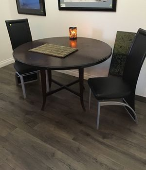Kitchen table and 2 chairs for Sale in Superior, CO