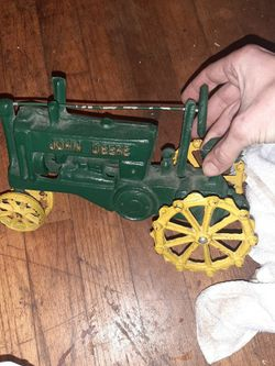 Vintage John Deer Tractor for Sale in Greenville,  SC