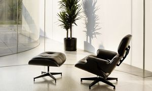 Eames lounge chair and ottoman for Sale for sale  New York, NY